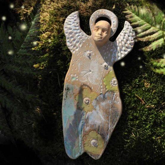 anioł rękodzieło ręcznie malowany anioł miłości do kwiatów