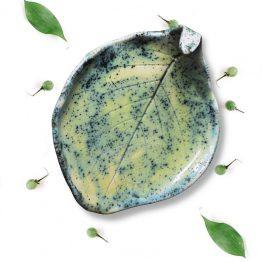 ceramiczna mydelniczka handmade liść radość arteliu ceramika z lasu
