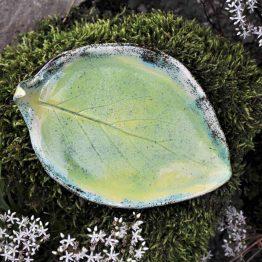 ceramiczna mydelniczka liść rękodzieło artystyczne na prezent