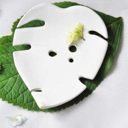 ceramiczna mydelniczka z dziurkami rękodzieło ceramika artystyczna arteliu
