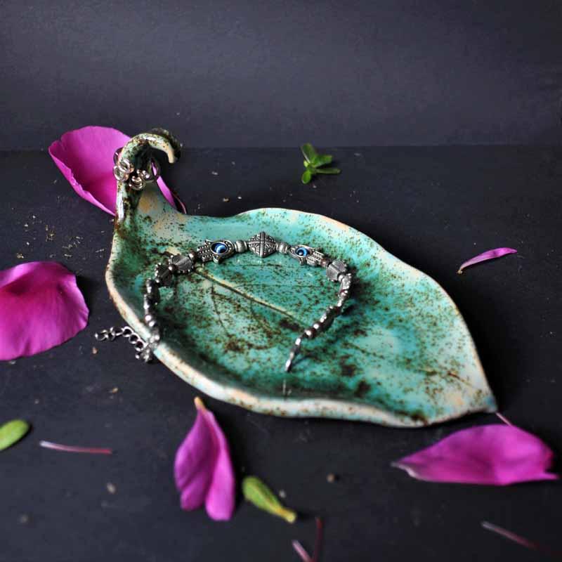 mydelniczka liść kiwi turkusowa efektowa unikatowa