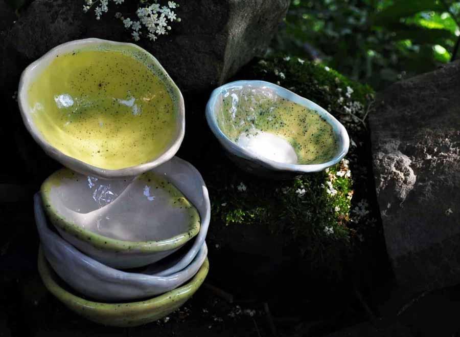 pracownia ceramiczna arteliu sklep z ceramika i prezentami ceramicznymi mydelniczka ceramiczna,piękne prezenty,ceramiczna mydelniczka handmade,ceramiczna mydelniczka z dziurkami