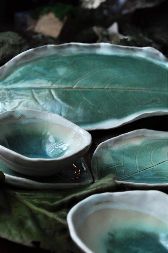 komplet ceramiczny rękodzieło do sushi błękitna laguna