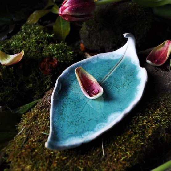 talerz liść pod Palo Santo na biżuterię błękitny