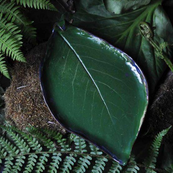 handmade zestaw na sushi zielony talerz liść z miseczkami