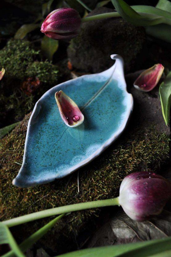 talerz liść na palo santo turkusowy ceramika arteliu