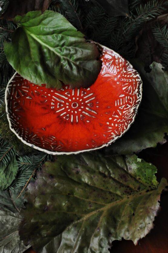ceramiczna miska czerwona rękodzieło