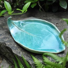 ceramiczna mydelniczka rękodzieło turkusowa błękitny liść arteliu sklep