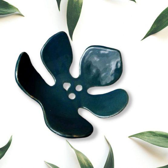ceramiczna mydelniczka z dziurkami liść zielony turkusowy