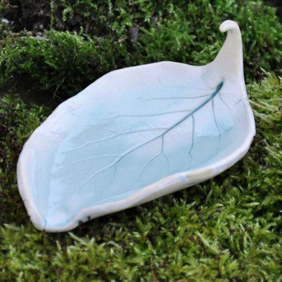 mydelniczka rękodzieło liść ceramika artystyczna arteliu