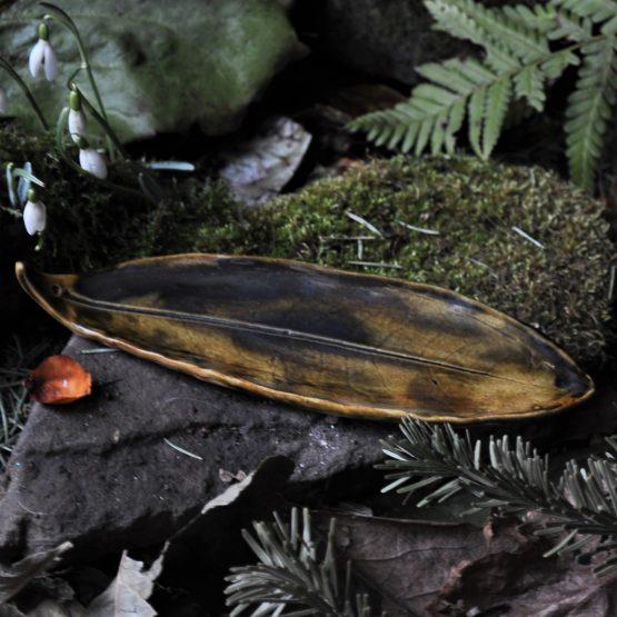 talerz liść ceramiczny na kadzidła brązowy cieniowany