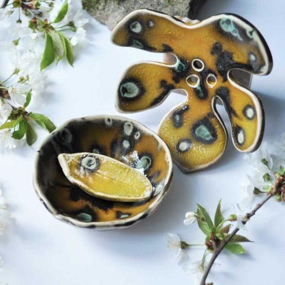 ceramiczne rękodzieło mydelniczka liść z miseczką na glinkę