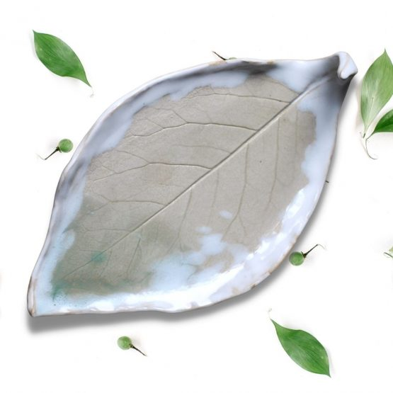 ceramiczna podstawka rękodzieło ceramiczny liść na biżuterię arteliu sklep z ceramiką