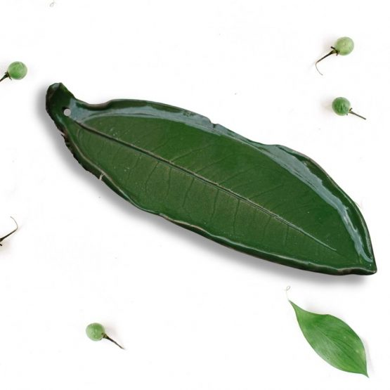 ceramiczna podstawka pod kadzidełko liść zielony oliwkowy rękodzieło