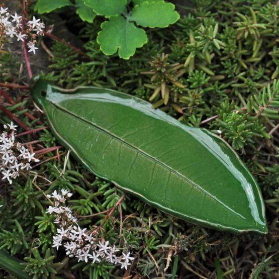 ceramiczna podstawka pod kadzidełka podłużny liść sklep z rękodziełem