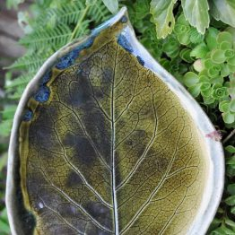 komplet ceramiczny rękodzieło na sushi zielony