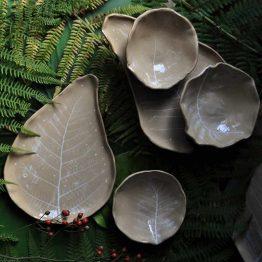 ceramiczny artystyczny zestaw stołowy paprocie rękodzieło